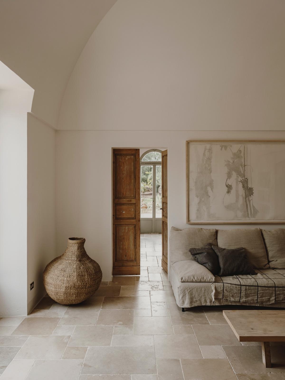 Monochrome interiors-Image-1